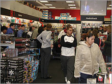 Crowds gathered early at the RadioShack in Farmington, Conn.'s Westfarms Mall.