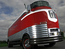 GM Futurliner bus (Courtesy: Barrett-Jackson)