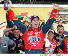Jeff Gordon was understandably happy about his win at the 2005 Daytona 500, but DuPont shareholders probably should have been worried.